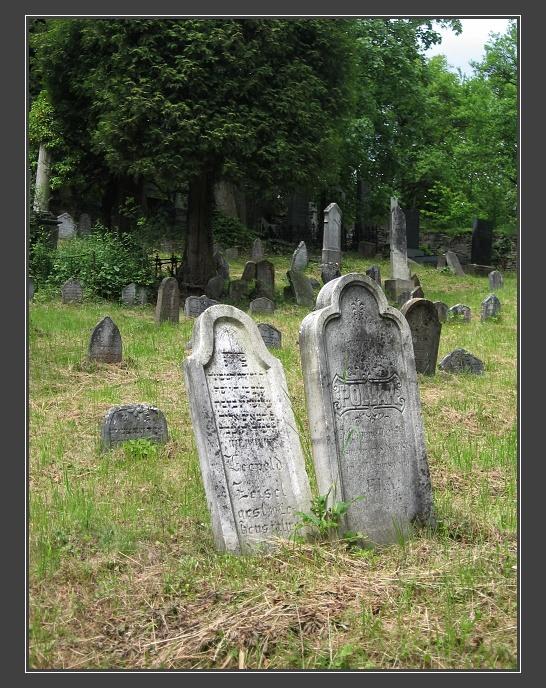 Lomnice, židovský hřbitov