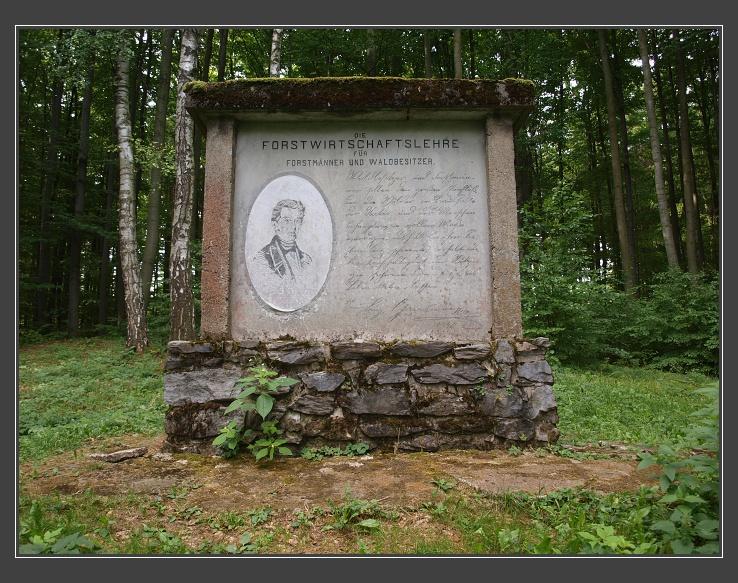 památník L.Grabnera